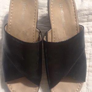 Naturalizer size 8 sandals black